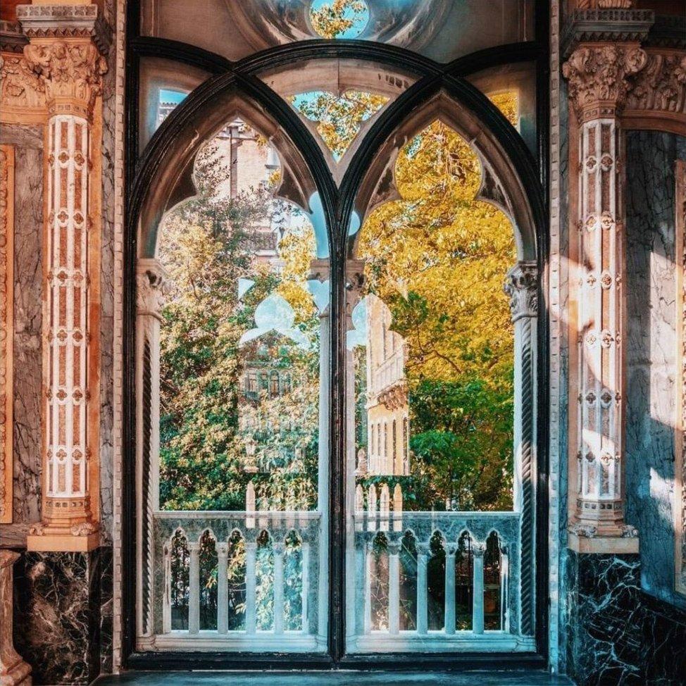 The St. Regis Venice window ornaments